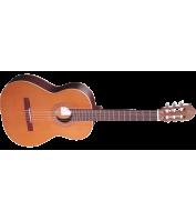 Classical guitar Ortega R190