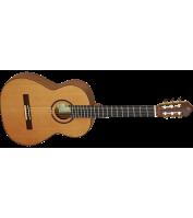 Hispaanias valmistatud klassikaline kitarr Ortega M4CS