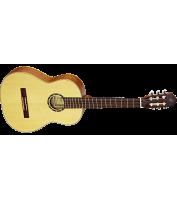 Classical guitar Ortega R121